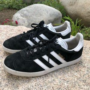 Size 10 Men's Adidas Sneakers